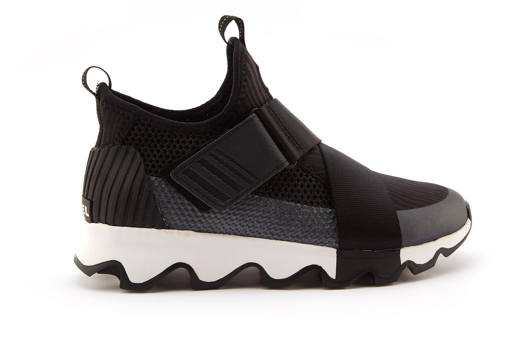 7de09719702 Women s Sneakers SOREL Kinetic Sneak Black White - APIA FR