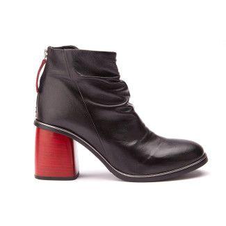 Women's Ankle Boots APIA Amelia 18 Nero