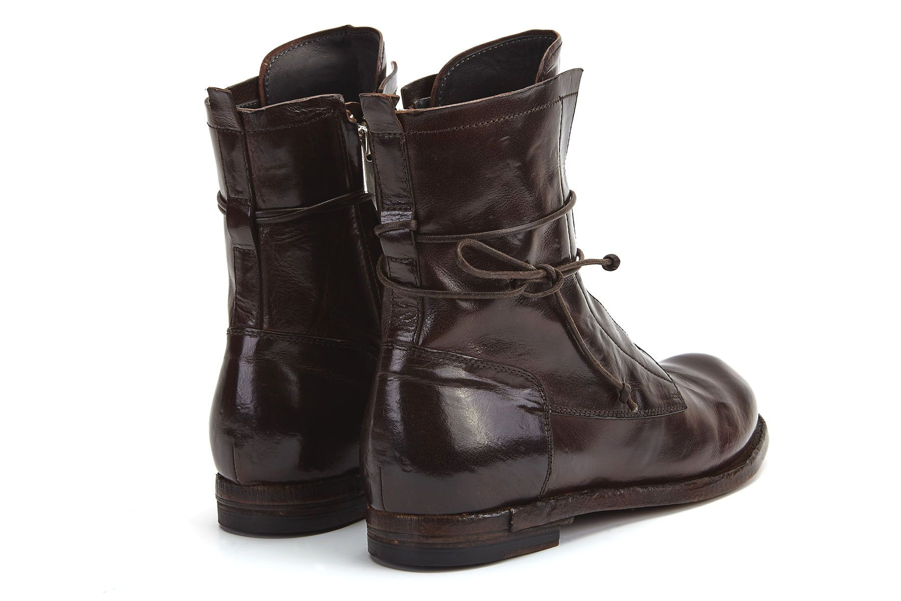Wonderful Officine Creative Textured Two-tone Boots In Black   Lyst