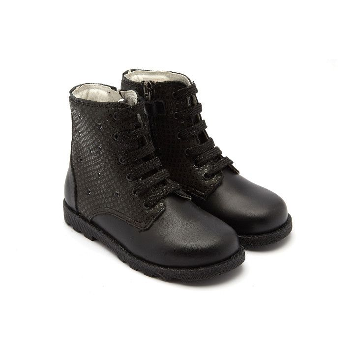 Lace Up Boots 8416000-001-002263-20