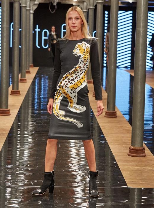 botki Apia sukienka Cavalli Class kolekcja forte forte