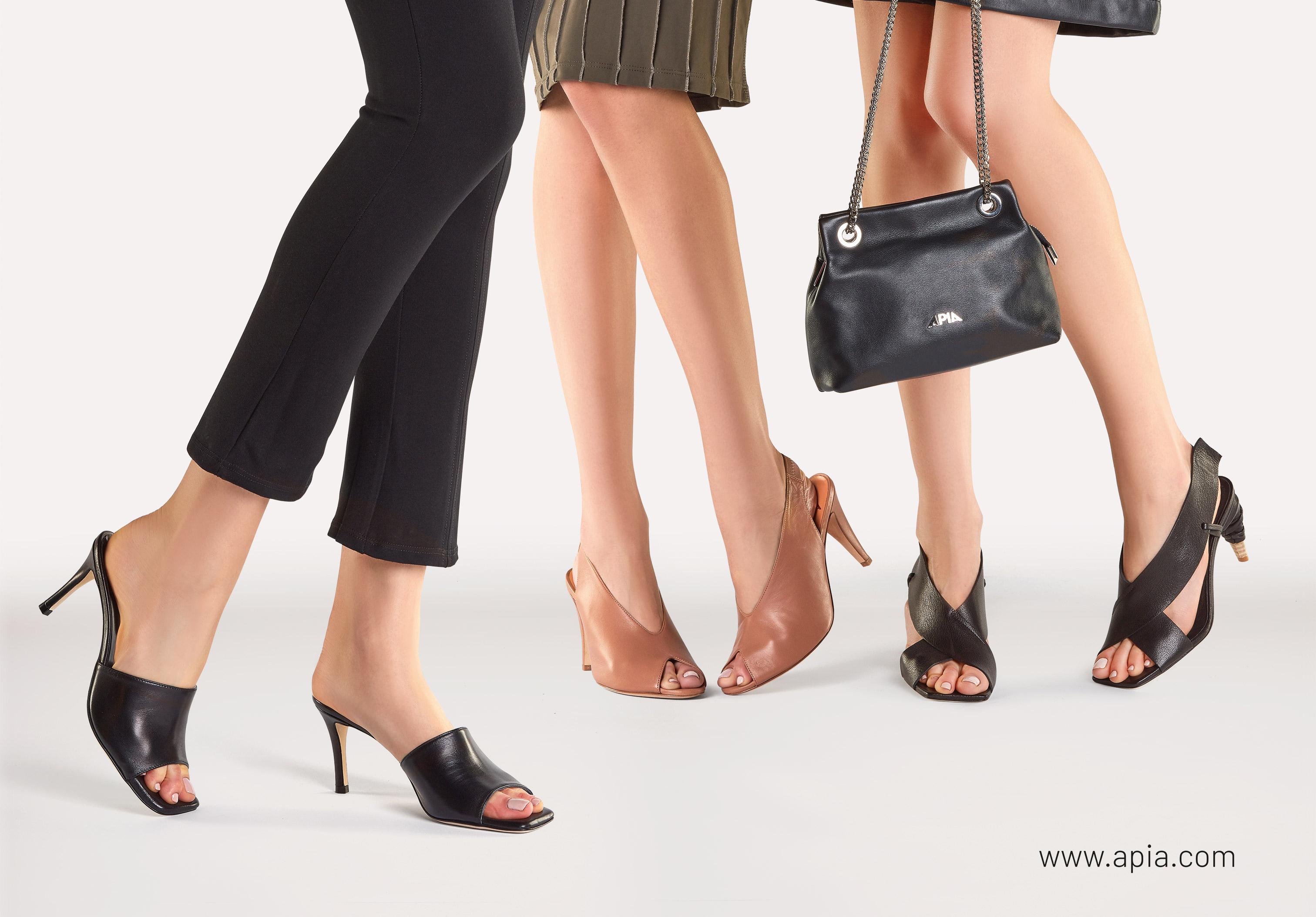 sandały i klapki damskie APIA