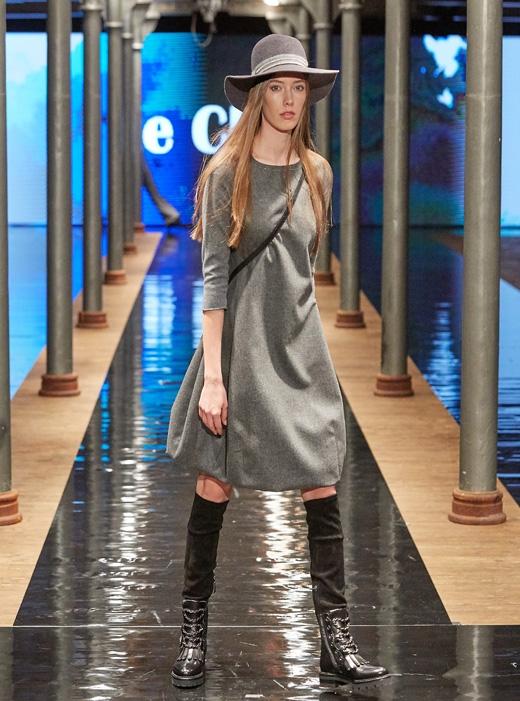 kozaki Nando Muzi kolekcja APIA sukienka Fabiana Filippi Le Chic