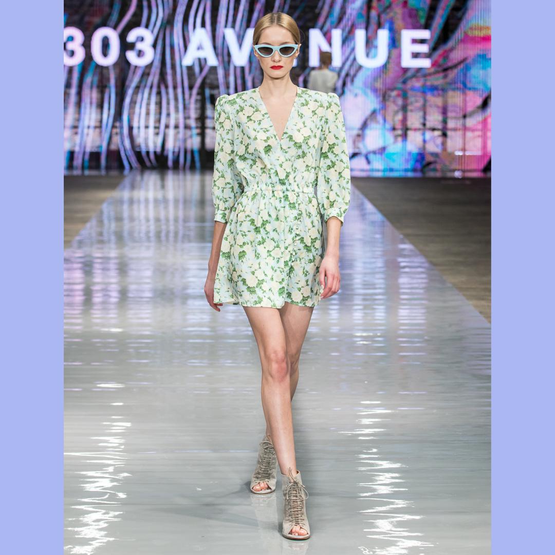 letnie botki sznurowane APIA sukienka 303 Aveneu