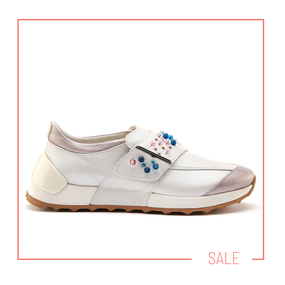 lux sneakers APIA