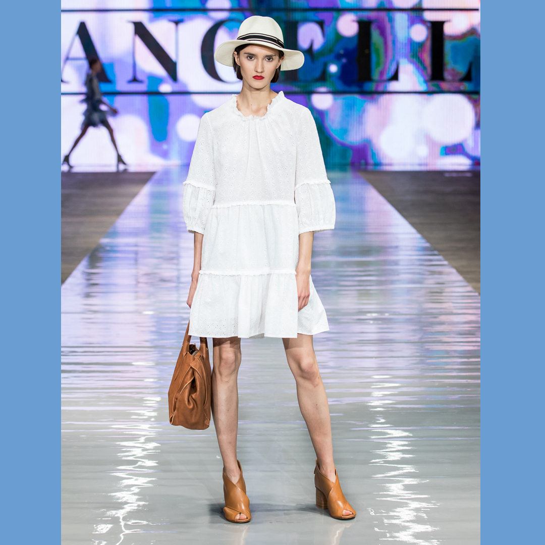 sandały na słupku Apia Minoza torebka APIA Cracovia sukienka Angell