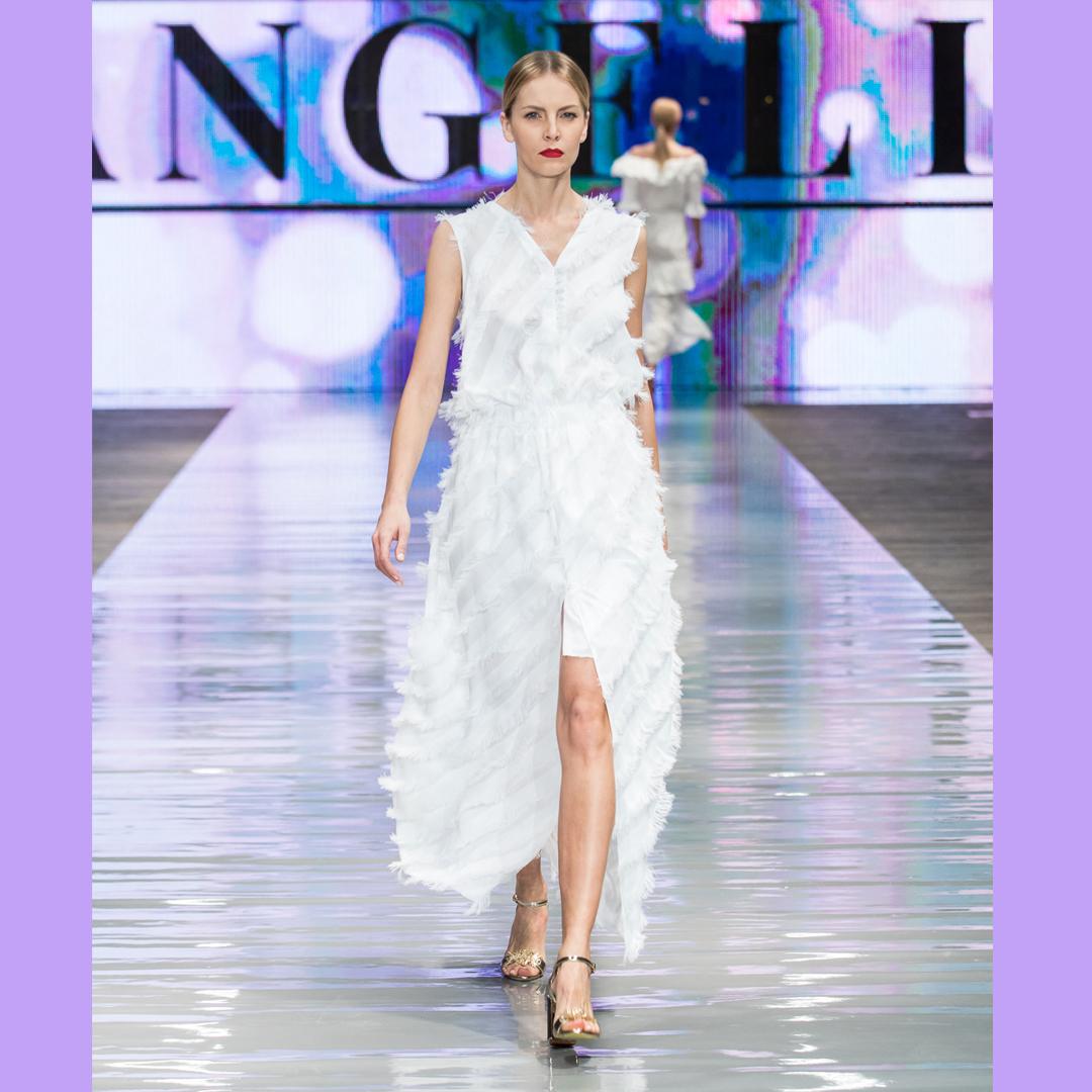 złote sandały APIA sukienka Angell